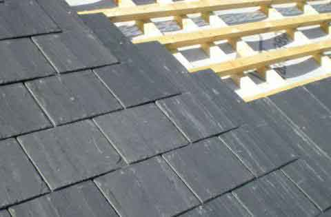 Overlapping rubber shingles