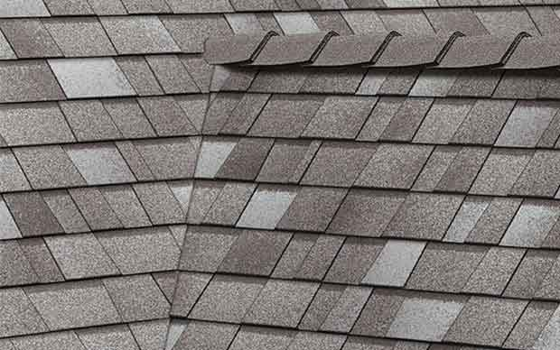 Overlapping roof shingles