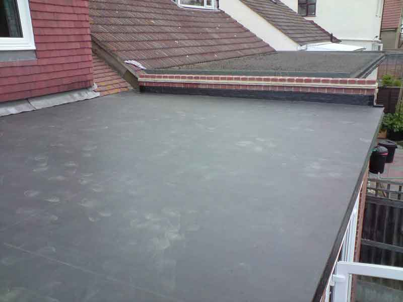 Flat roof atop an entry breezeway