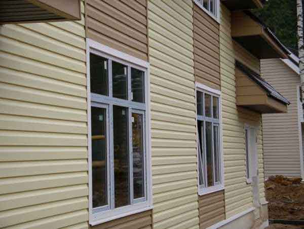 Vinyl siding doesn't ALL need to be the same color