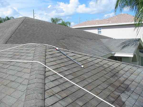 Picture of a shingle roof